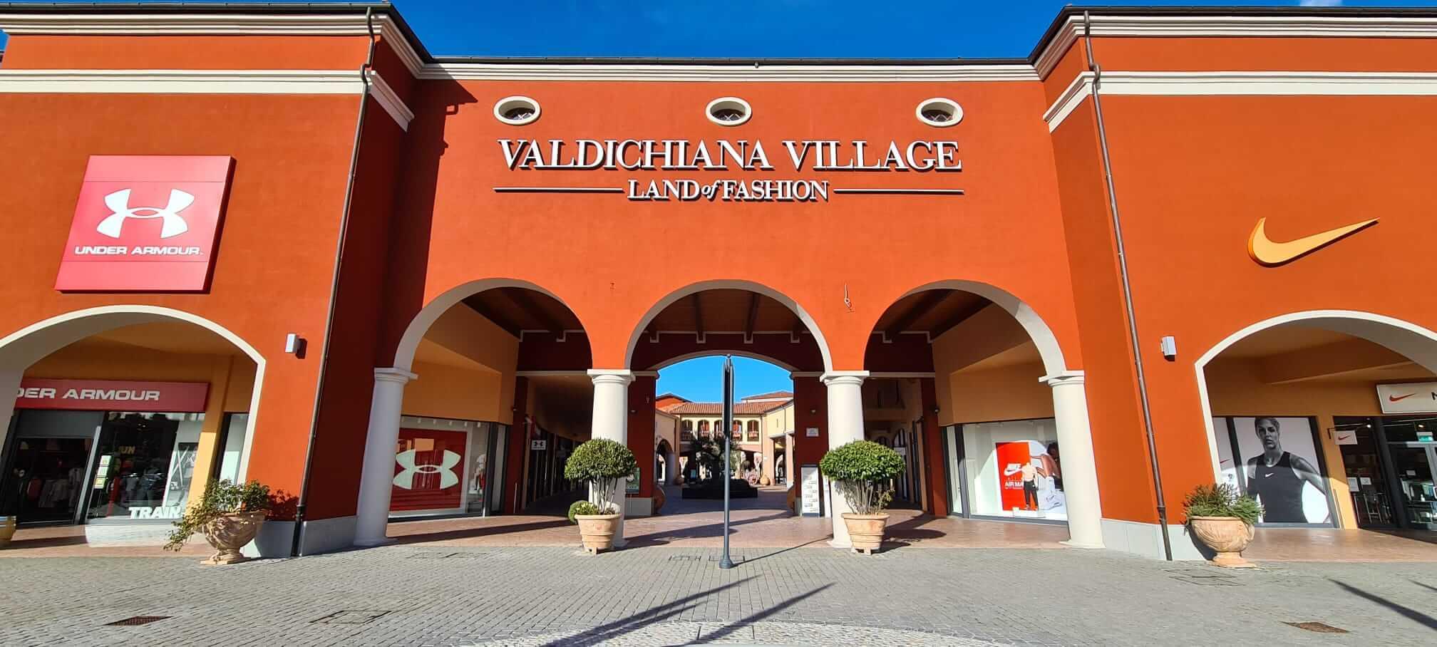 Facciata_village